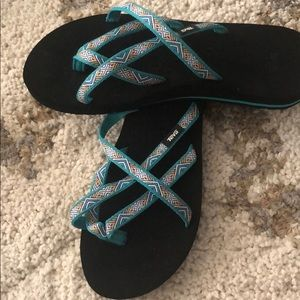 Teva women sandals. Size 9